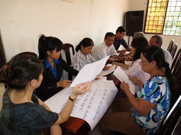 Stakeholder dialogue with communities living in high-risk areas along Vietnam's coast.